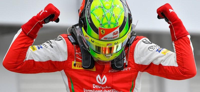 Ismét egy Schumachert ünnepeltek a Hungaroringen
