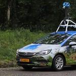 Alaposan körbefotóztuk a Google lézeres-kamerás autóját