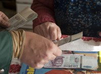 Egyszerre érkezik a novemberi extrapénz a nyugdíjasoknak