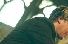 Így adja elő Varnus Xavér Törőcsik Mari kedvenc popslágerét