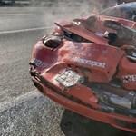 Sikerült egy McLarent és egy Porsche 911 Turbót is leírni egy ágyúgolyófutamon