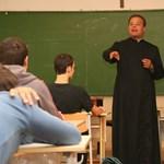 757 millió forintot kapnak az egyházi iskolák