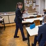 Ilyen feladatok várnak a diákokra a mai magyarérettségin, több tízezren izgulhatnak