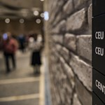 """""""Nem adjuk a CEU-t"""" – tüntetést szerveznek az egyetem mellett"""