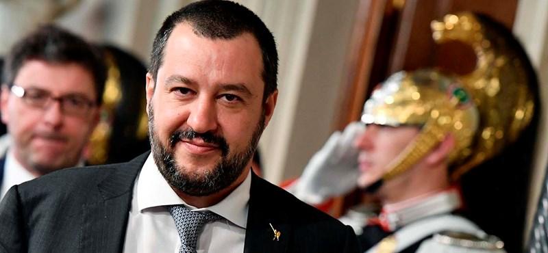 Az olasz katolikusok megnyitják a templomokat a menekültek előtt, akik Salvini új jogszabálya miatt utcára kerülnek