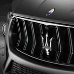 Olasz virtus: Ferrari motoros divatterepjárót mutatott be a Maserati, félhet a Porsche Cayenne?
