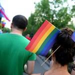 Kiderült, mennyire nyitottak a budapesti fiatalok a melegházasságra és a könnyűdrogokra