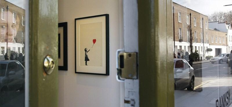 Kifizette az egymillió fontot a ledarált Banksy-képért az árverés nyertese