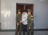 Kiszámlázta Észak-Korea a börtönben kómába esett amerikai diák ápolását