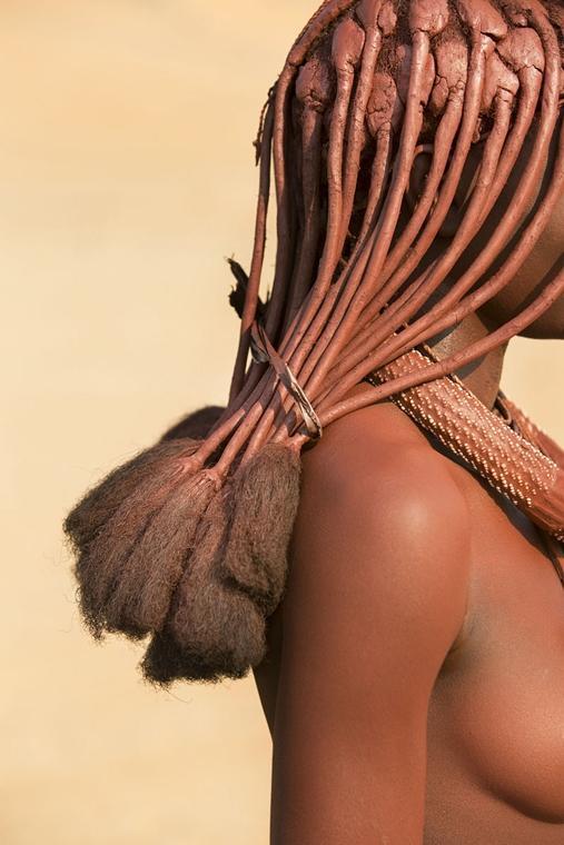 NE használd_! - Photographer of the Year 2014 - Abszolút első helyezett - Himba nő portréja - Észak-nyugat Namíbia - tpoty
