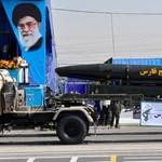 """""""Bármilyen fegyvert elő fogunk állítani"""" - Irán tovább fenyeget"""