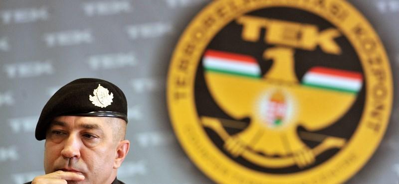 29e19e622fff Lázár nem engedi az autóvásárlást a TEK-nek, csak rendvédelmi eszközöket  vehetnek