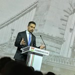 Jobbik: Adjanak szemüveget a Figyelőnek!