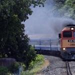 A hónap végére befejeződik a ceglédi vasútvonal felújítása