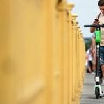 Nem lehet majd a járdán elektromos rollerrel közlekedni?
