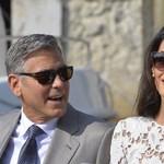 A Clooney házaspár a menekült gyerekek jövőjét támogatja