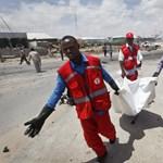 Autóba rejtett bomba robbant egy uniós konvoj mellett Szomáliában