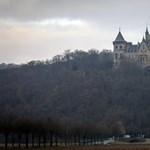Eladó a mesébe illő marienburgi kastély - fotó
