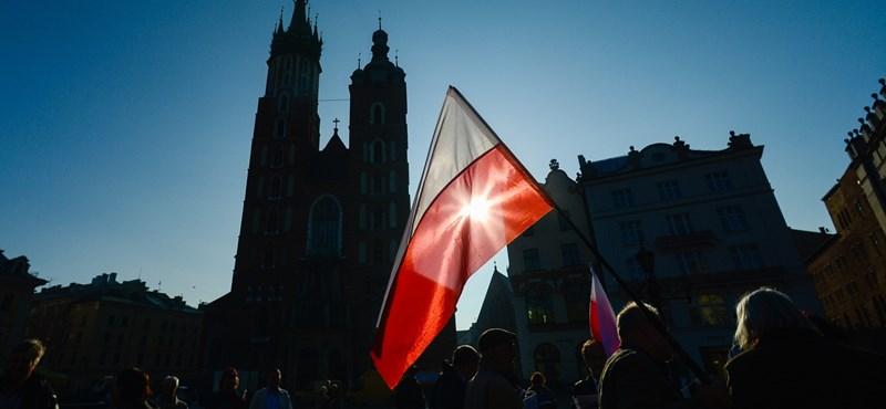 Atomerőművet akarnak a lengyelek, de nem Putyintól