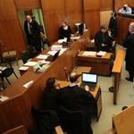 Elfogatóparancsot adtak ki egy ügyvéd ellen Oszter Sándor egyik perében