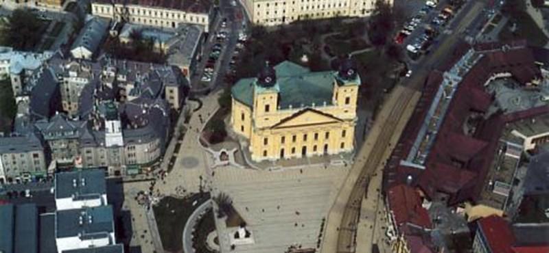 Kézigránátot talált egy járókelő délután Debrecenben