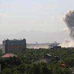 Pokolgépet robbantottak Kabul diplomáciai negyedében, legalább 34-en meghaltak