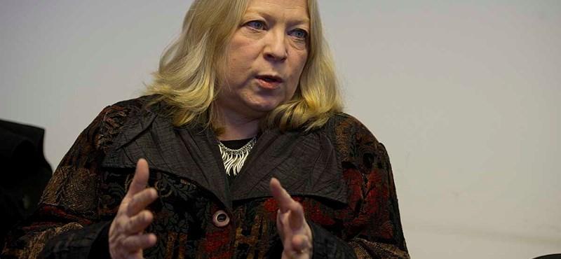 """""""Tisztára, mint a Szovjetunióban"""" - halálosan megfenyegették a Fidesz-kritikus amerikai professzort"""