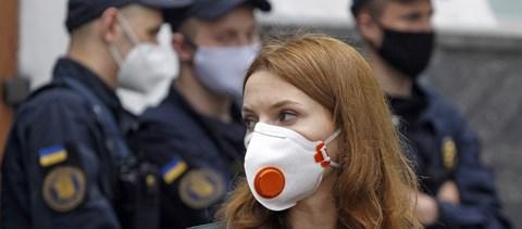 Ezer új Covid-eset, 30 ezer aktív fertőzött Ukrajnában