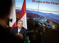 Orbán újabb bűvészmutatvánnyal rukkolt elő, de fenyegeti a lengyel baráti tűz