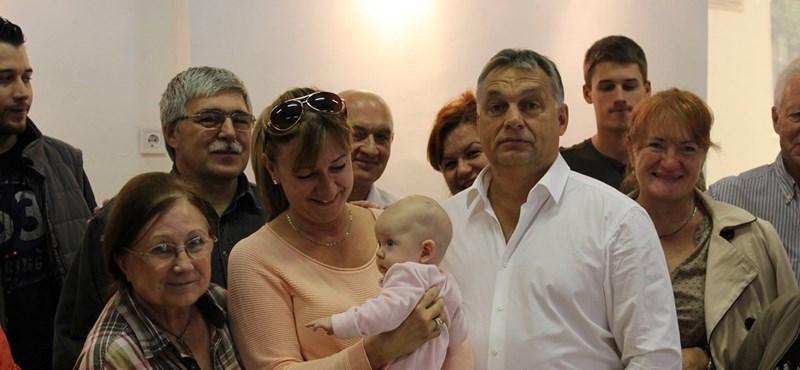 Orbán az utolsó órákban is mozgósított Pesten – fotók