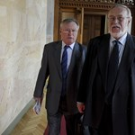 Pofon az Ab-nek: visszacsempészte a Fidesz az alkotmányellenes jogszabályt