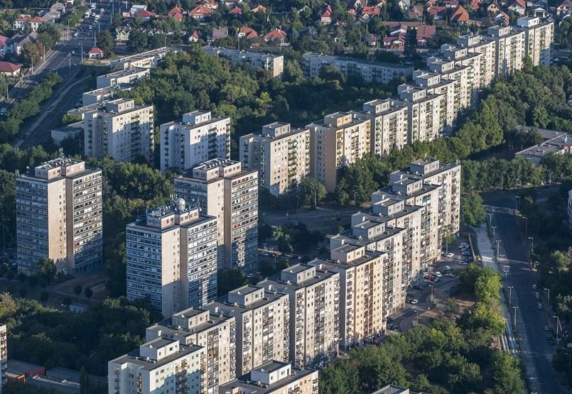 Most szüntetik meg a lakástakarékok állami támogatását - percről percre
