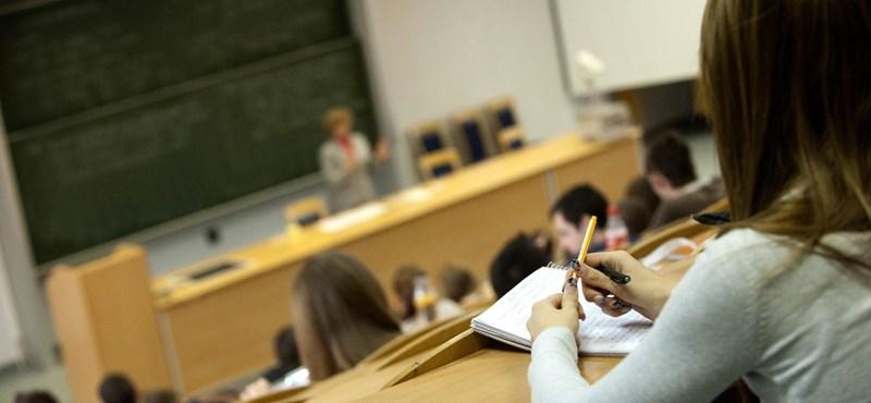 Decemberben fogadták el, már módosítanák a felsőoktatási törvényt