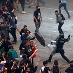Több mint 70 embert kellett ellátni a Katalóniában történt éjszakai tüntetések után