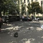 Felborult egy autó a IX. kerületben
