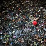 Mit csinálunk, emberek? Évente 570 ezer tonna műanyag jut a Földközi-tengerbe