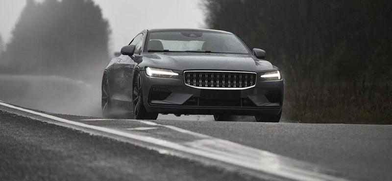 Videó: Mint egy BMW M5 csak konnektoros, mindjárt itt a Polestar 1