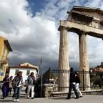 Matolcsy útjára léphetnek a görögök