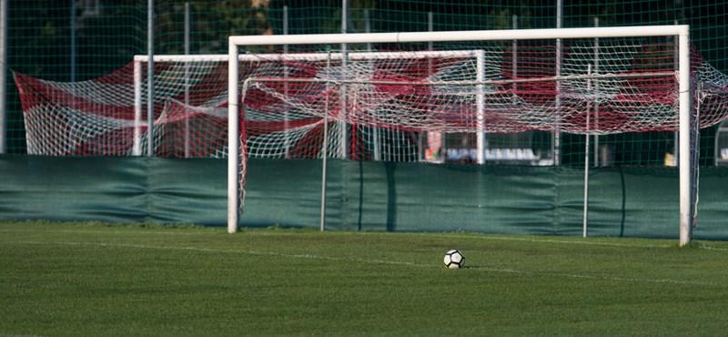 """""""Dögöljön meg a szomszéd lova is!"""" - hiába újították fel a soproni stadiont, a klub tönkrement"""