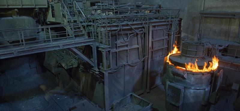 Ózd: a lengyel foci-Eb segíti az egyetlen magyar betonacélgyártót