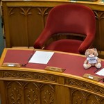 Csonka ülésterv a parlamentben