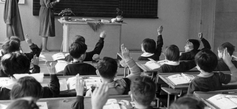 Átlagosan ennyit dolgozik hetente egy pedagógus – friss felmérés