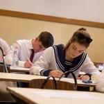 Itt találjátok az angolérettségi íráskészséget mérő részének megoldási javaslatát
