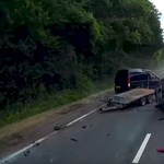 A kamionok okozzák a legtöbb kárt az utakon