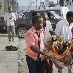Terror a piactéren: közel negyven embert ölt meg az öngyilkos támadás