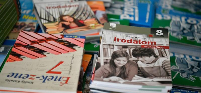Gyenge minőségűek az állami tankönyvek a pedagógusok szerint
