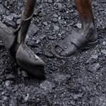 Nyolcvan órával a baleset után mentettek ki 13 kínai bányászt