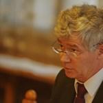 Végtörlesztés: kényes kérdést tesz fel Poltnak az MSZP