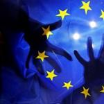 Jött egy hatalmas adag pénz Brüsszeltől, egyelőre nem kell aggódni az EU-s támogatások folyósítása miatt