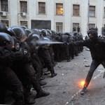 Az ukránok az EU-ba vágynak, és szétverik érte Kijevet – Nagyítás-fotógaléria